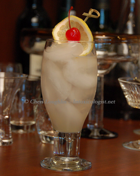 70s Cocktails: Tom Collins