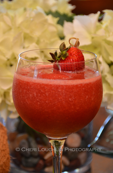 Barefoot MargariTOE blended margarita uses pineapple juice and frozen strawberries with Zinfandel wine & tequila for delicious Margarita twist!