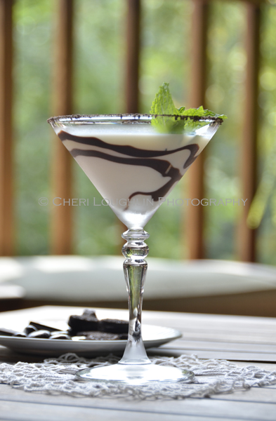 Crème de Menthe Chocolate Mint Cookie Cocktail