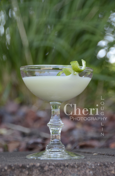 The Key Lime Pie cocktail is great for Girls Night Out and welcoming guests to spring and summer parties.