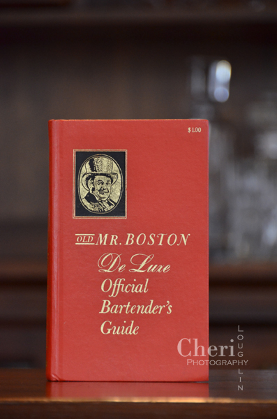 Old Mr. Boston De Luxe Official Bartender's Guide copyright 1967