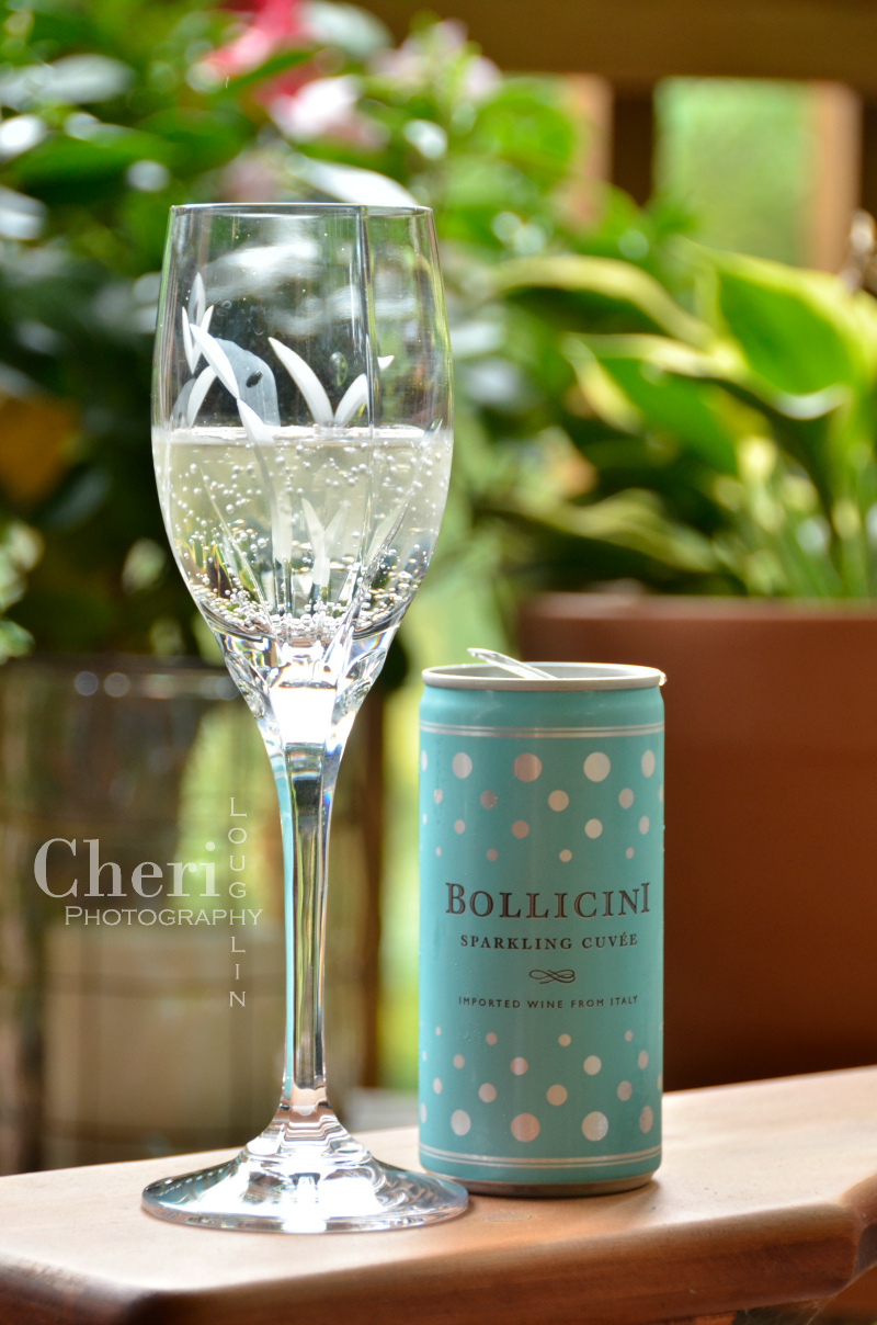 Bollicini Sparkling Cuvee and Rosé in cans are transportable, recyclable, and super tasty. Perfect single size portions for any outdoor activity.