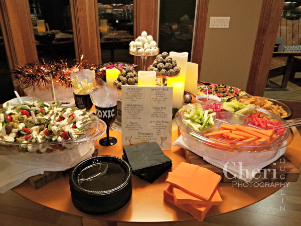 Guests mingled easily while noshing on bite-sized portions of hot and cold foods with yummy bourbon brownie balls and white chocolate covered Oreo cookie bites for dessert.