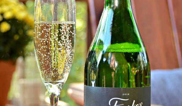 Finke's Widow Chardonnay Sparkling Wine Review