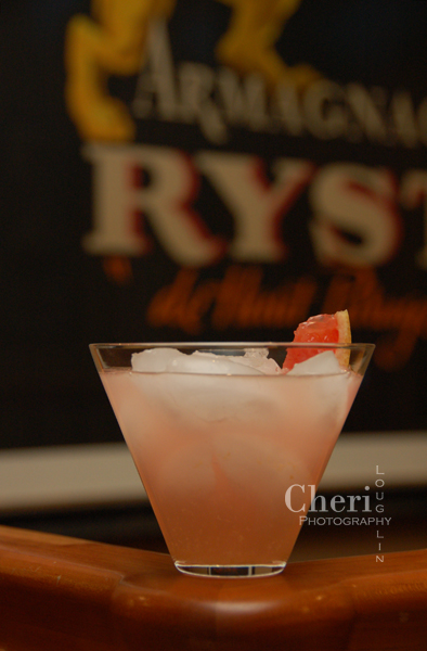 Ruby Rapture - Hornitos Tequila, Ginger, Ruby Red Grapefruit Juice, Peach Schnapps, Raspberry Lemonade
