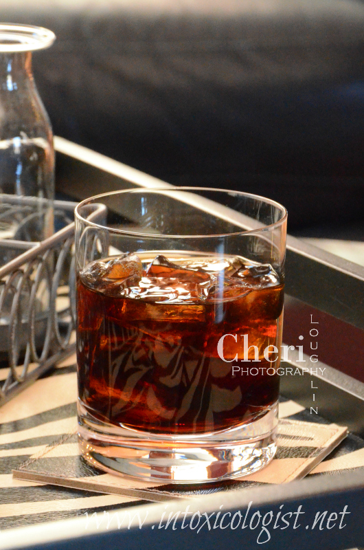 Learn 6 two ingredient duo drinks using different base spirits and amaretto liqueur.