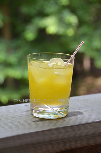 The best low calorie cocktails are easy to make with simple ingredients. Peach Bikini Cocktail keeps Happy Hour low calorie, fun, flavorful and figure friendly. - recipe & photo by Mixologist Cheri Loughlin, Corporate Mixologist and Photographer.