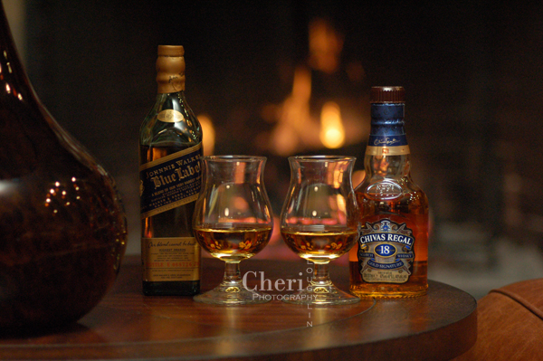 Comparison of Chivas Regal 18 against the largely holiday gifted scotch, Johnnie Walker Blue.  To be fair, this is an apples to oranges head to head taste comparison.